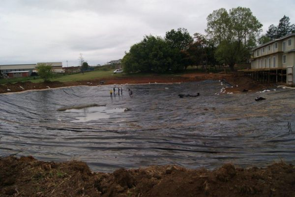 Geo line dam lining solutions polyethylene liners for Design of maturation pond